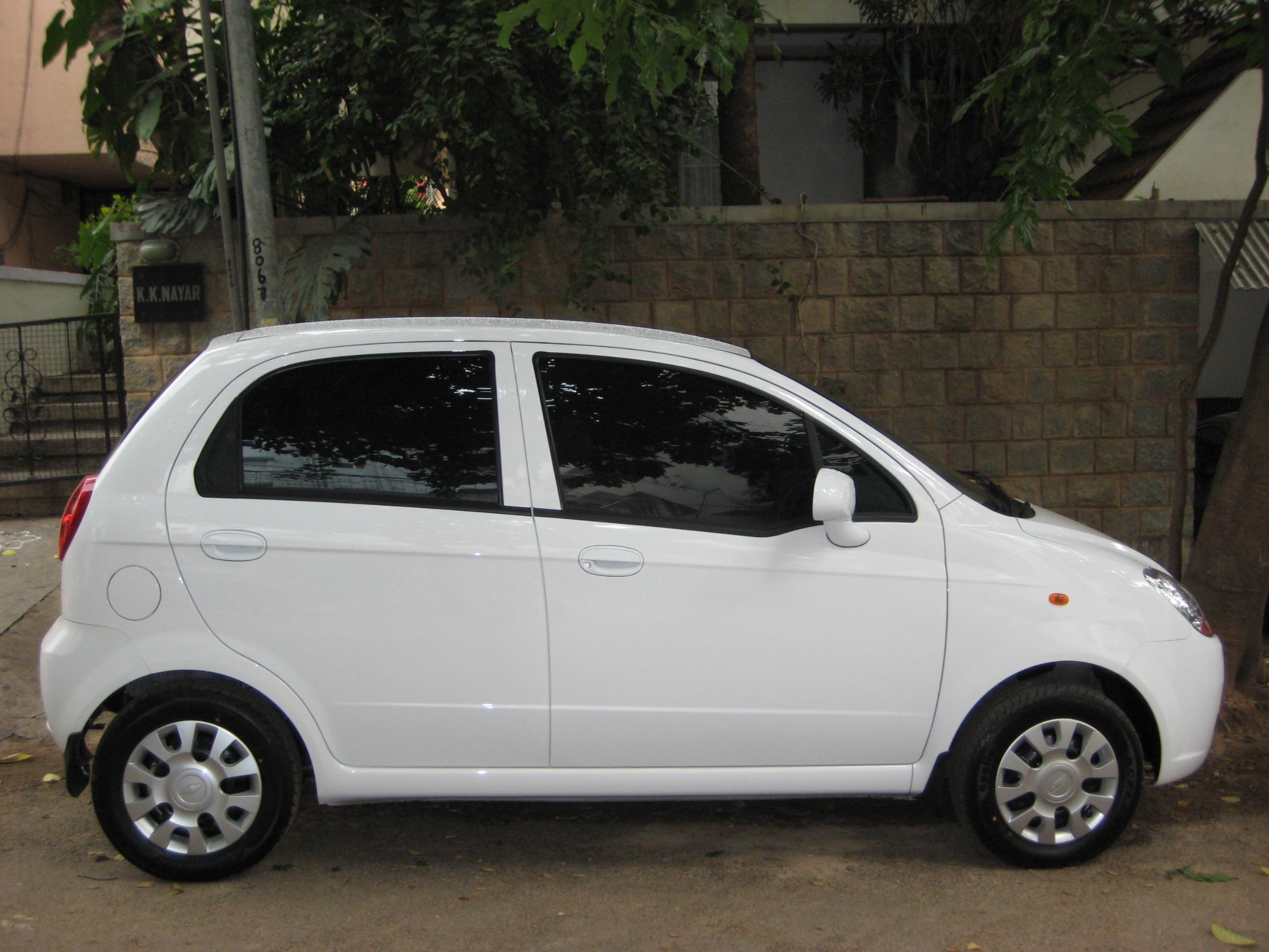 Car colour white - My New Spark Ls White Colour Beige Interior Chevrolet Spark Consumer Review Mouthshut Com