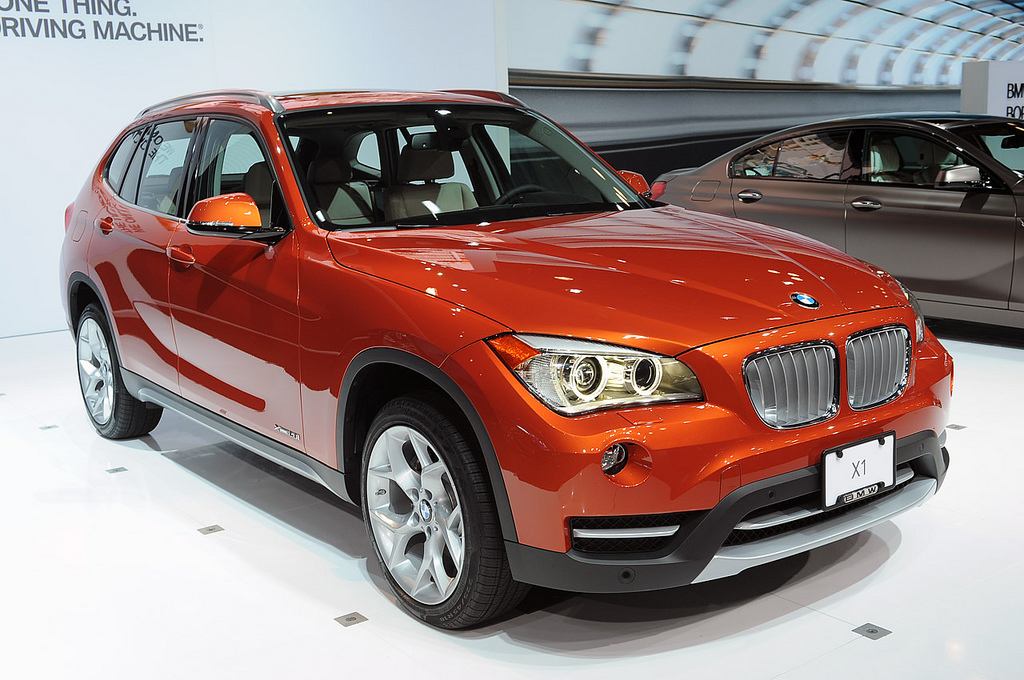 bmw x1 sdrive 18i photos images and wallpapers. Black Bedroom Furniture Sets. Home Design Ideas