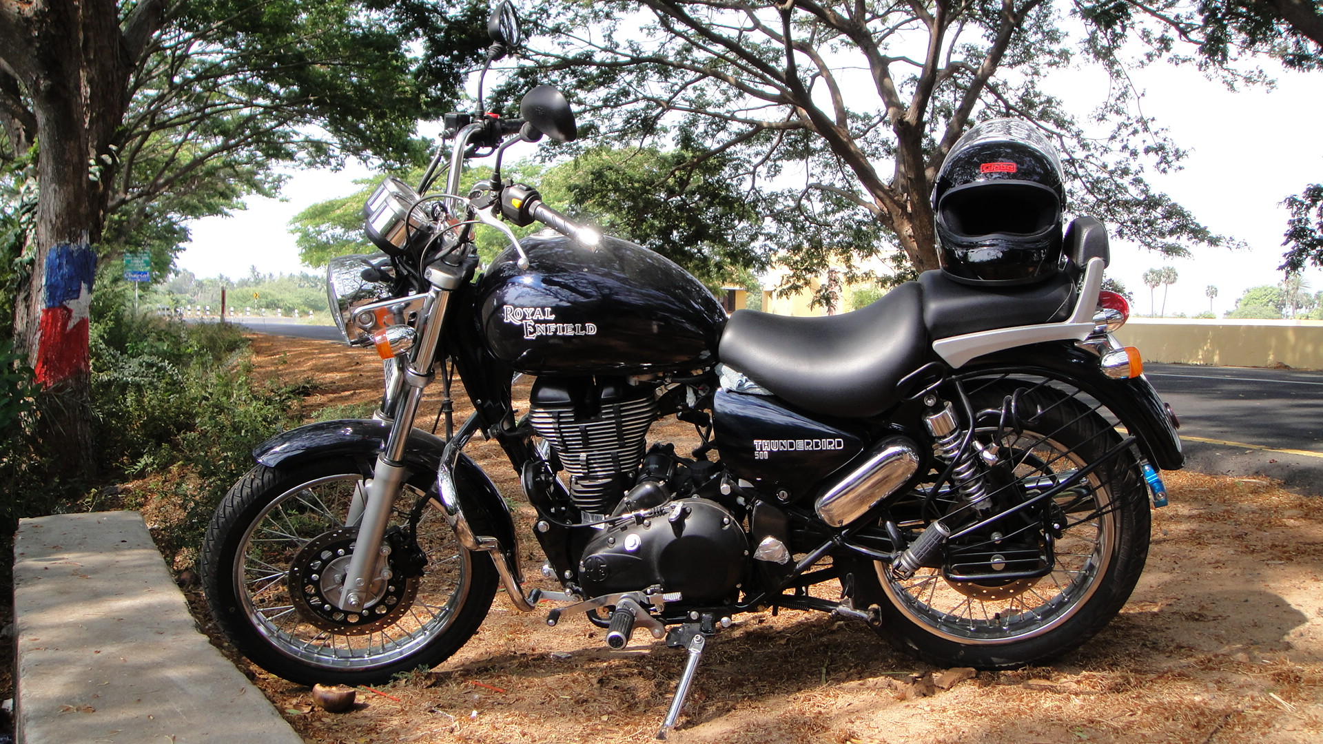 Royal Enfield Fury 500