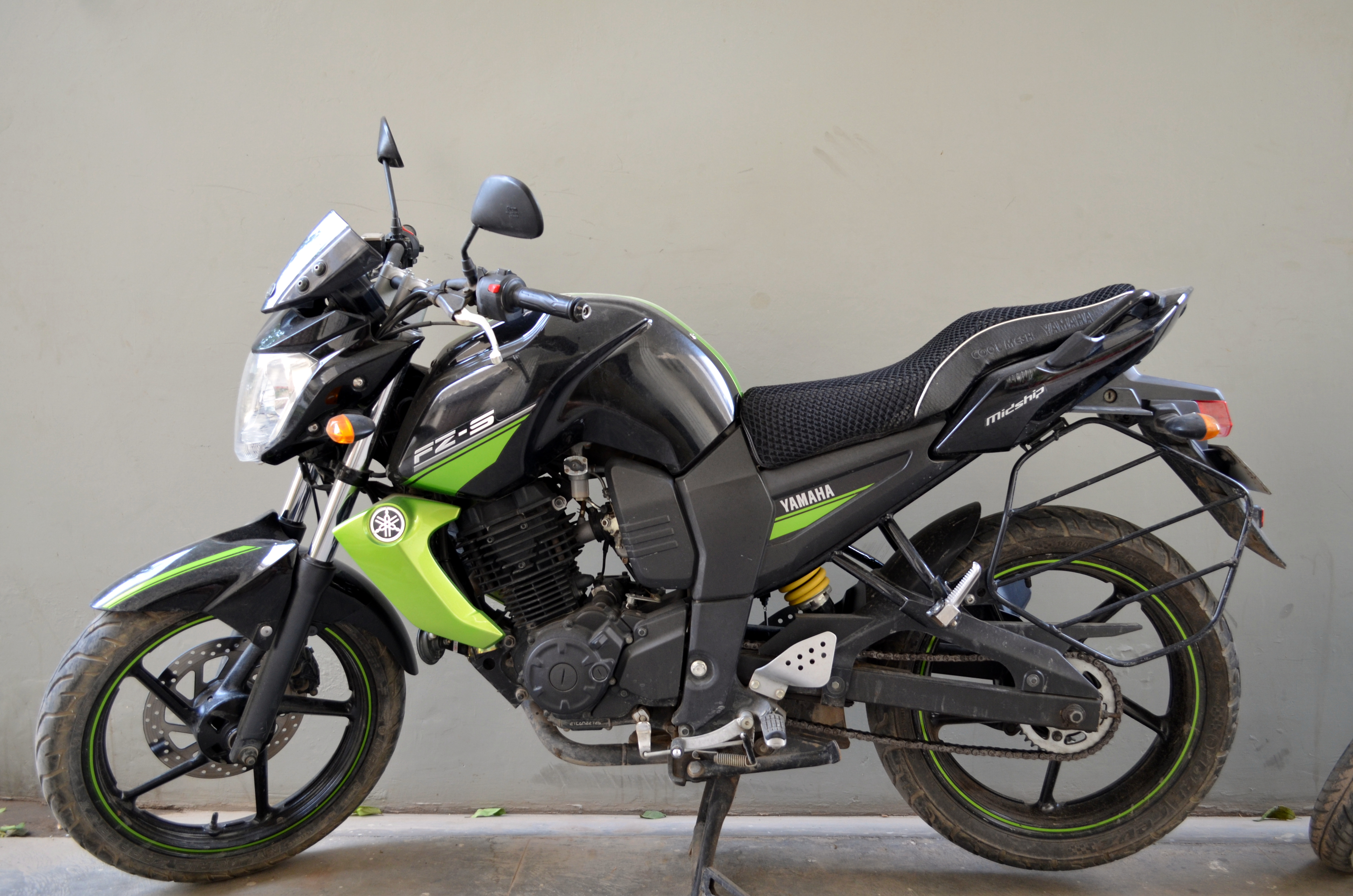If fuel price don 39 t matter fz s is surely yours yamaha for Yamaha fz back tyre price