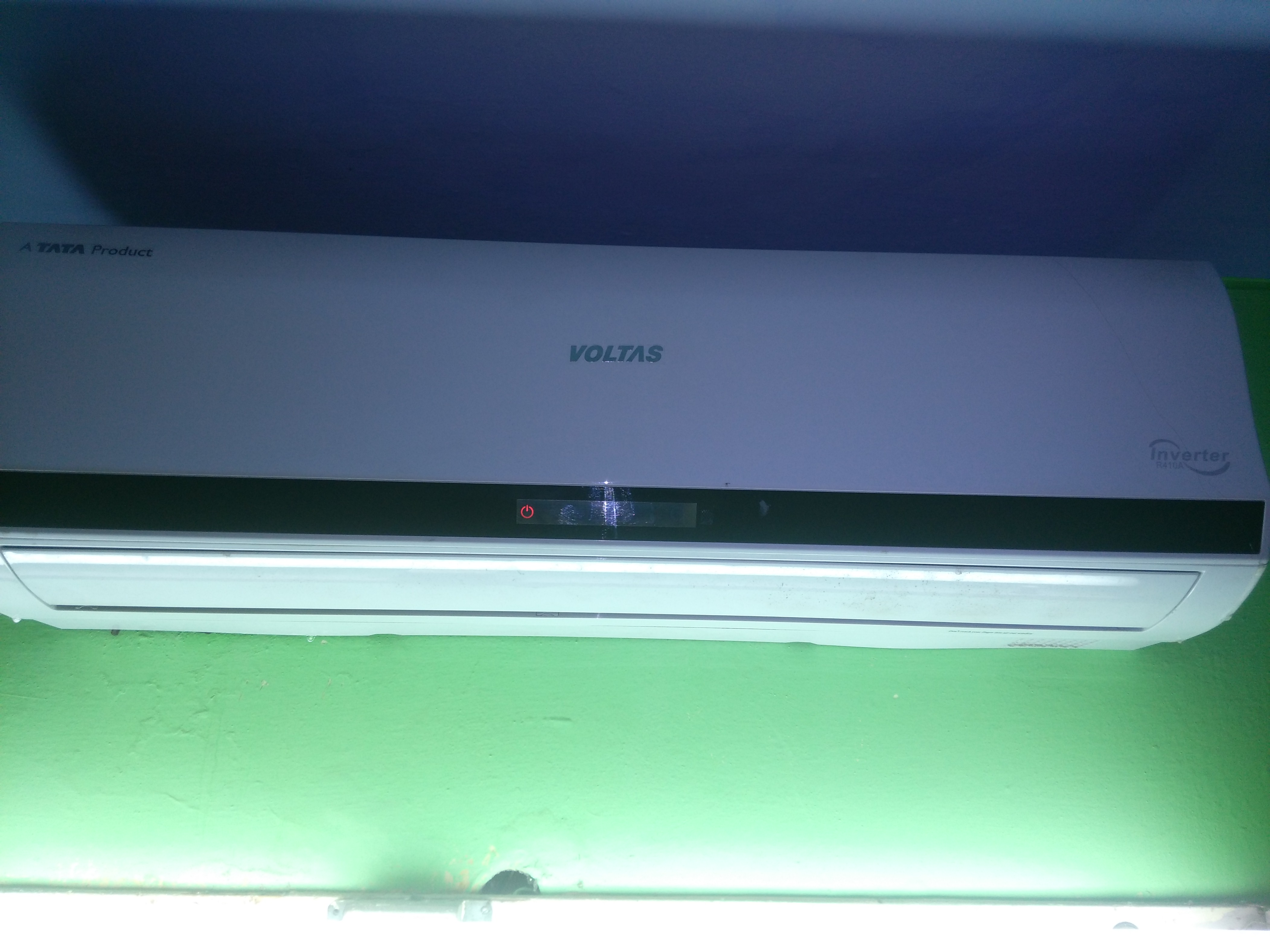 Nice Product. Review on Voltas 18VLY 1.5 Ton Inverter AC Split AC #27A47B