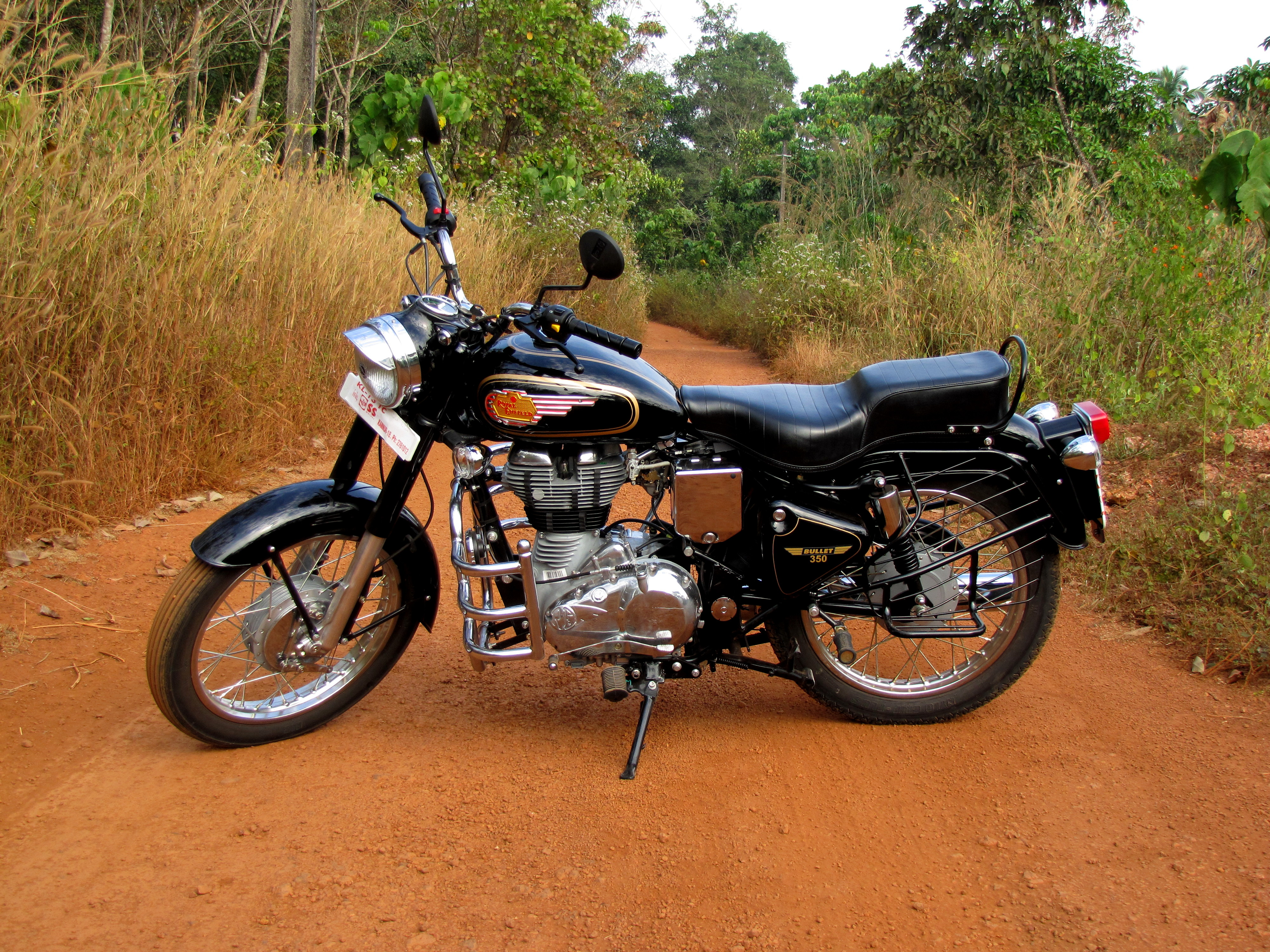 royal enfield bullet 350 photos images and wallpapers. Black Bedroom Furniture Sets. Home Design Ideas