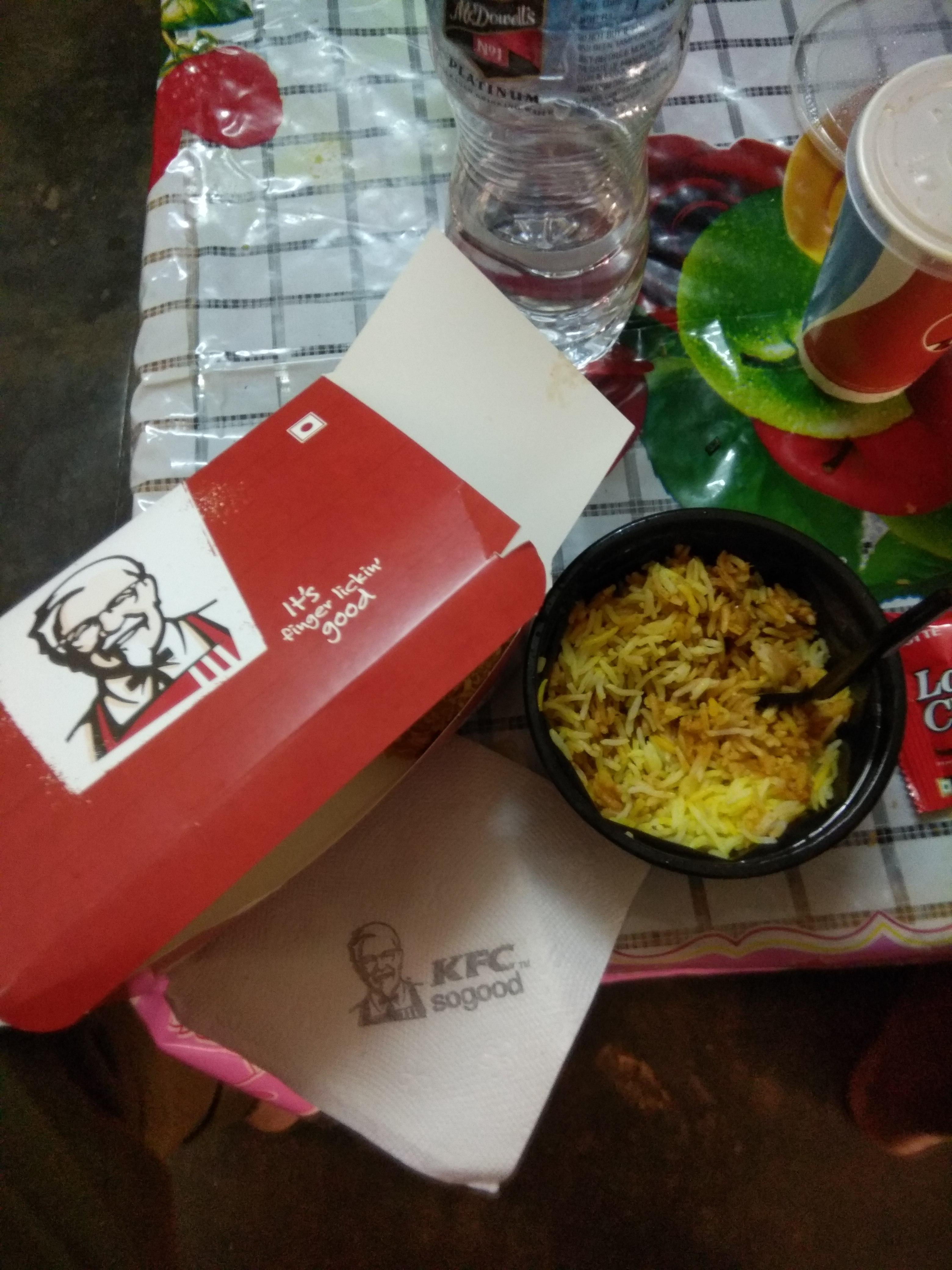 KFC not so good but average KFC KHARABELA NAGAR BHUBANESWAR