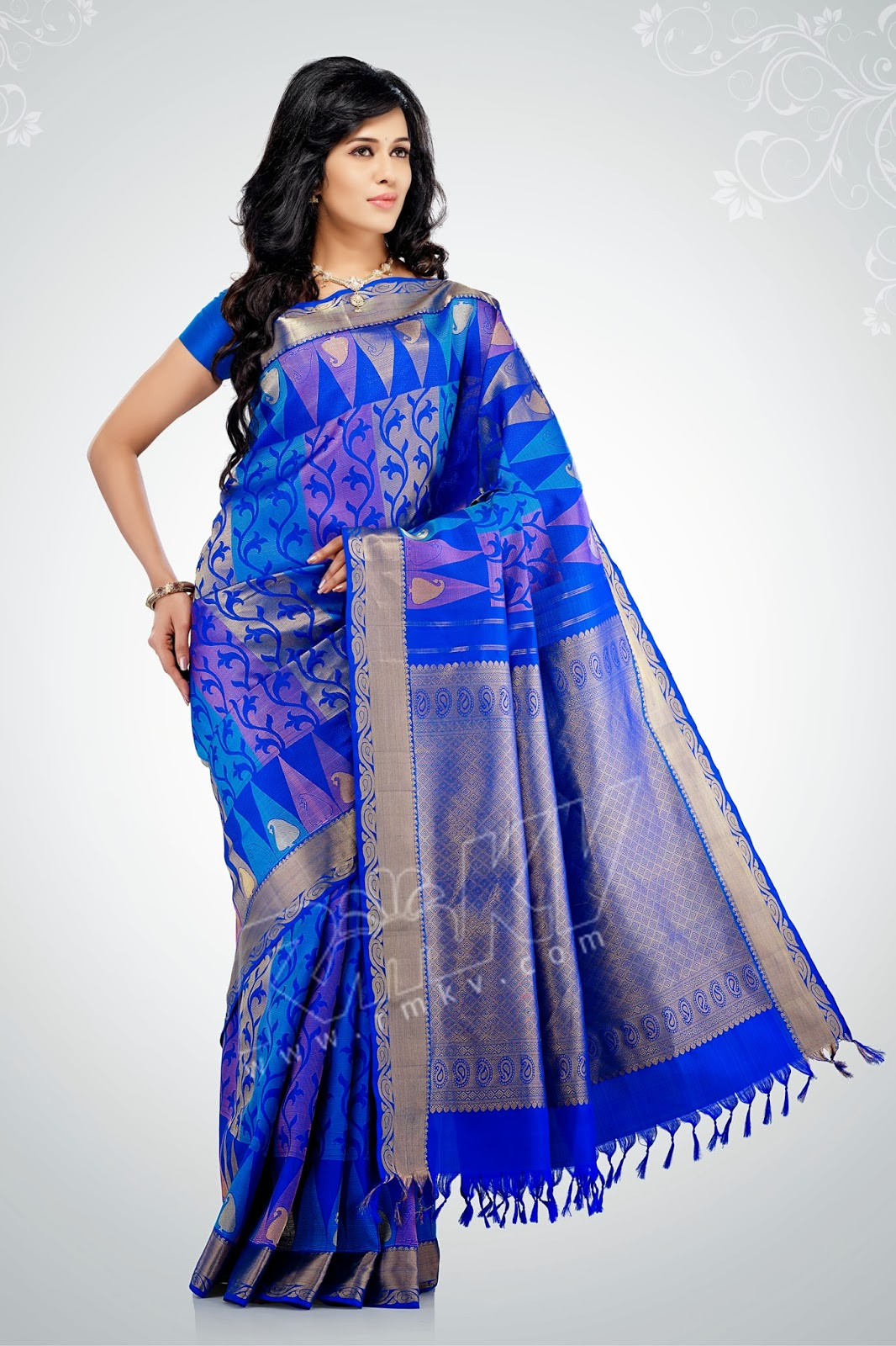 fec801209d52 Lovely look saree - RMKV WEDDING SILKS - CHENNAI Consumer Review ...