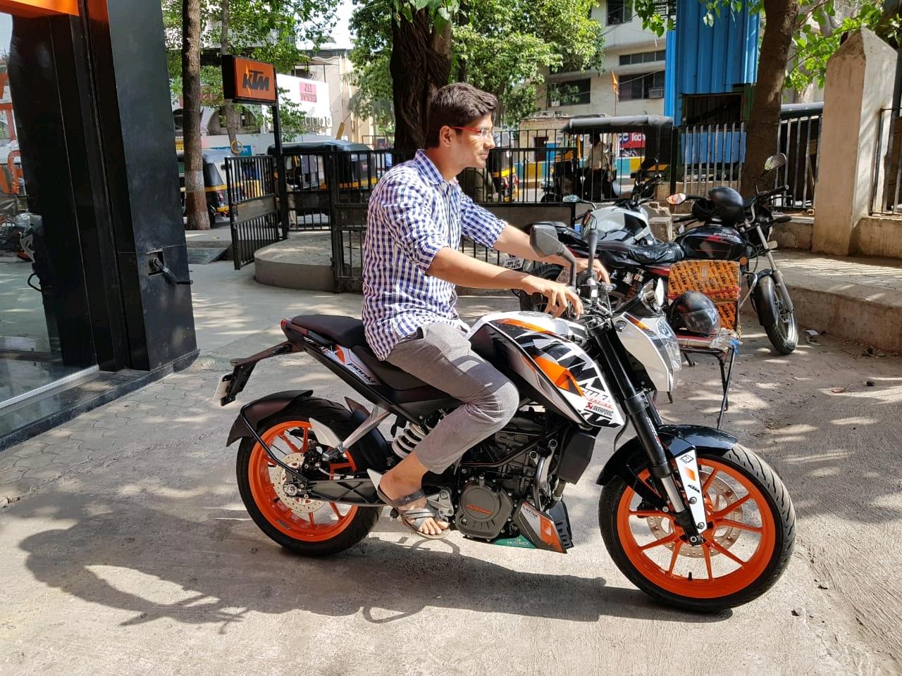KTM super sports bike - KTM DUKE 200 Customer Review