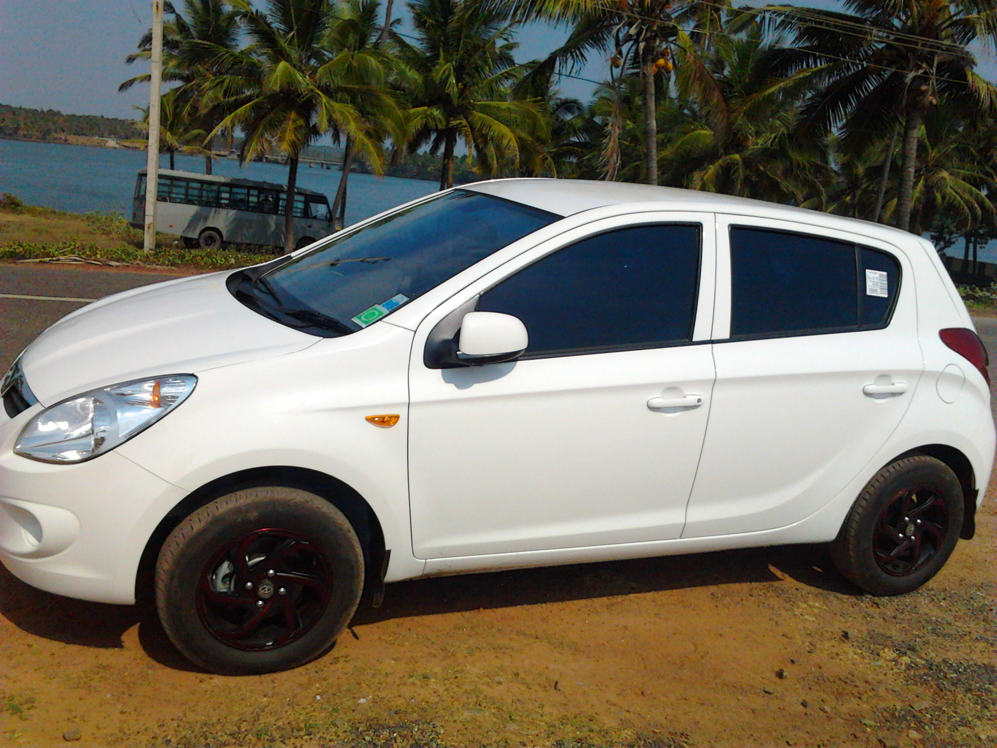 my hyundai i20 diesel review of hyundai i20. Black Bedroom Furniture Sets. Home Design Ideas