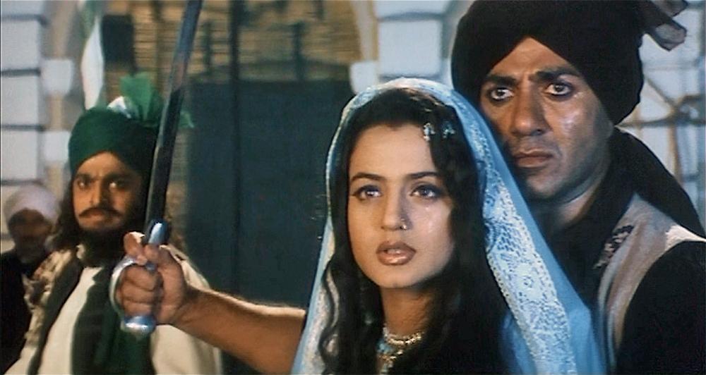 Download hindi movie gadar ek prem katha.