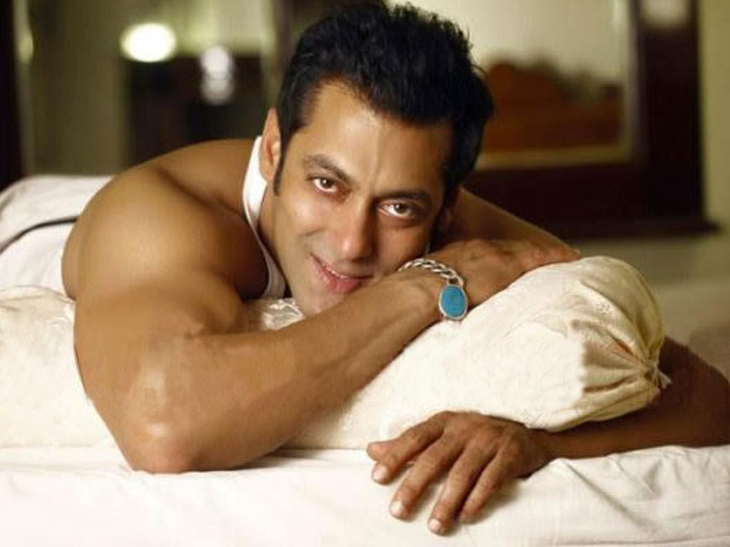 Salman Khan Photos Hd Images Photo Gallery Wallpapers Mouthshut Com