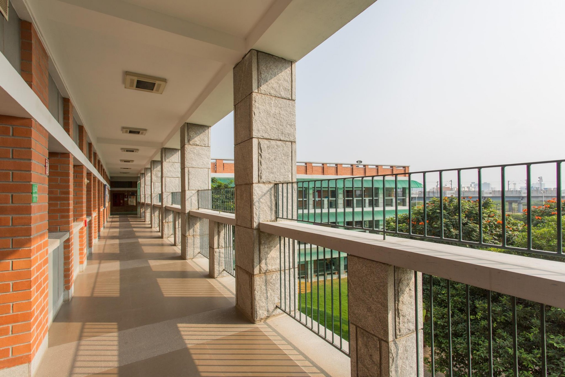 AMERICAN INTERNATIONAL SCHOOL - THARAMANI - CHENNAI Photos