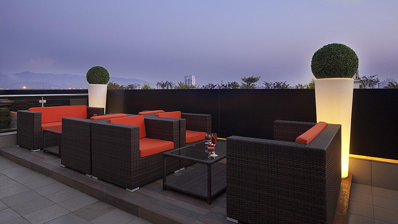 The Roof Top Yogi Executive Vashi Navi Mumbai Photos