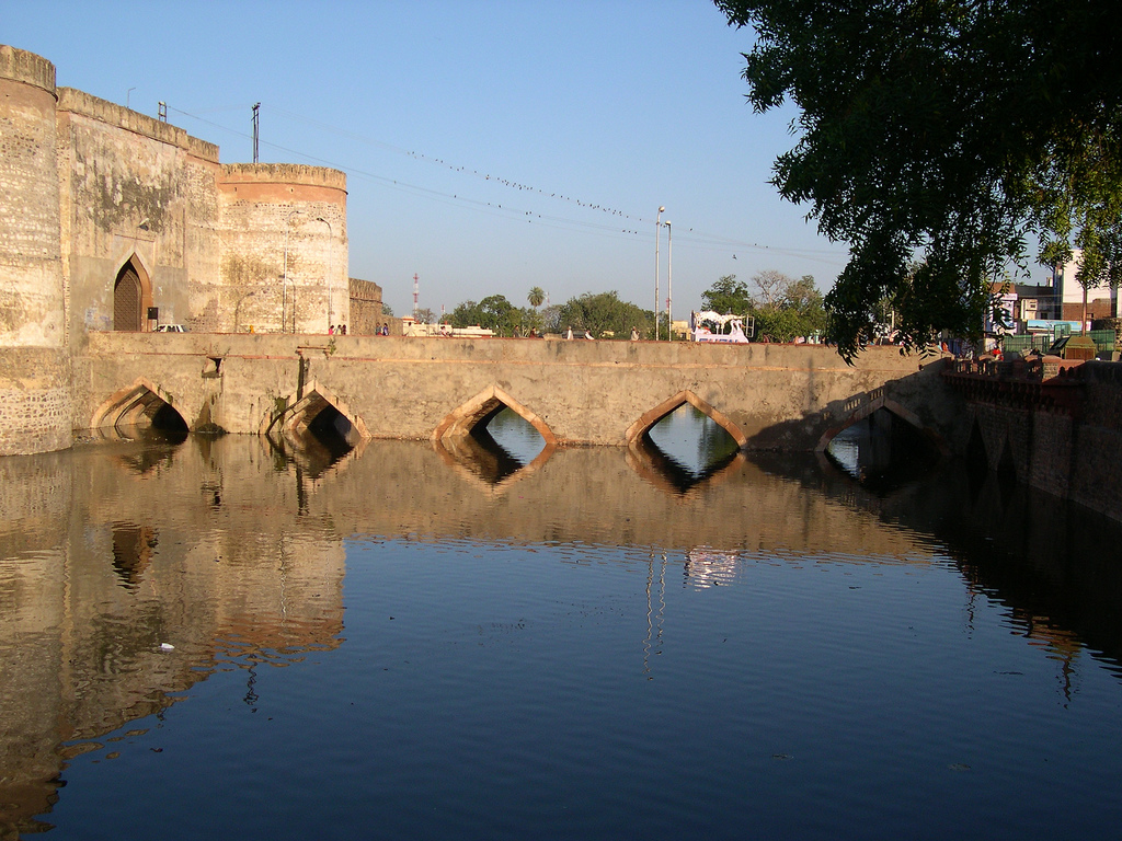 LOHAGARH FORT - BHARATPUR Photos, Images and Wallpapers - MouthShut.com