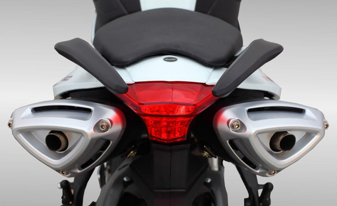 BENELLI TNT 600 I Photos, Images And Wallpapers