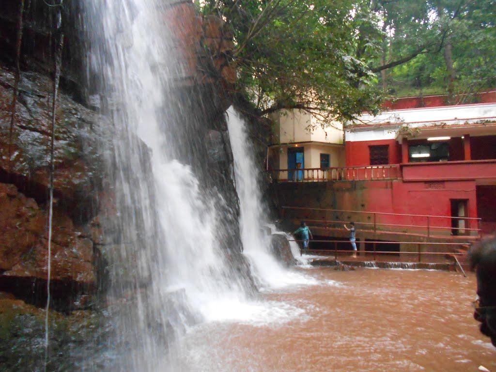 Murga Mahadev waterfall