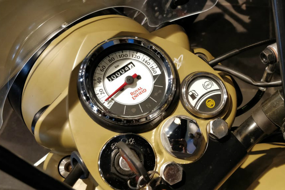 Royal Enfield Classic 350 Signals Photos Images And Wallpapers