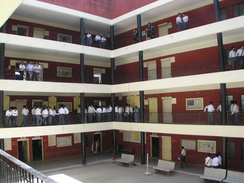 Ips Academy Indore Reviews Address Phone Number Courses