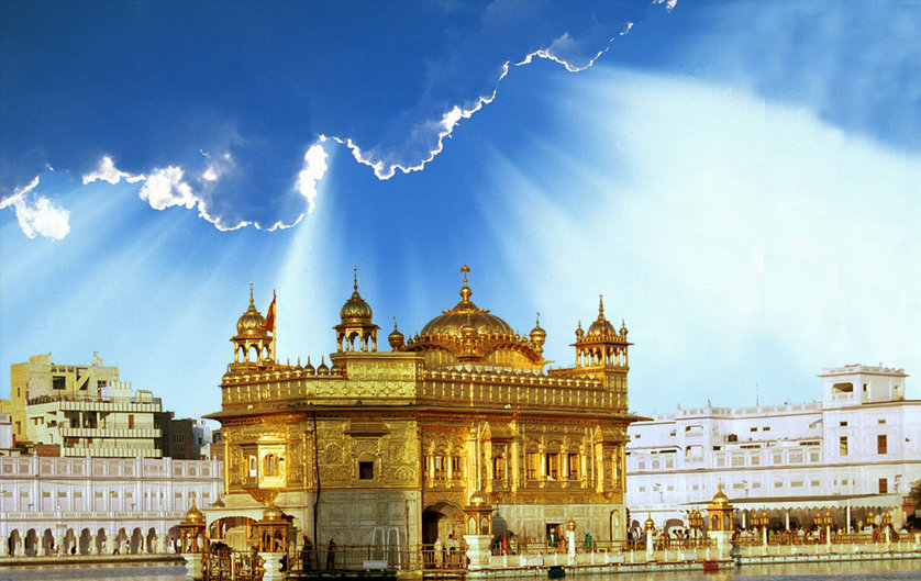 Golden Temple Amritsar Photos Images And Wallpapers Hd Images