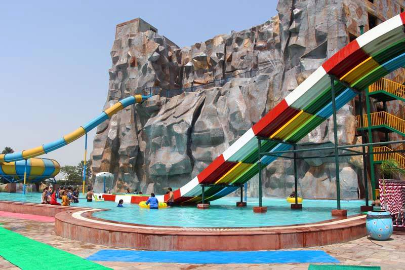 More About Worlds of Wonder WorldsofWonder is one of the most exciting and sought after amusement park in Delhi and NCR.