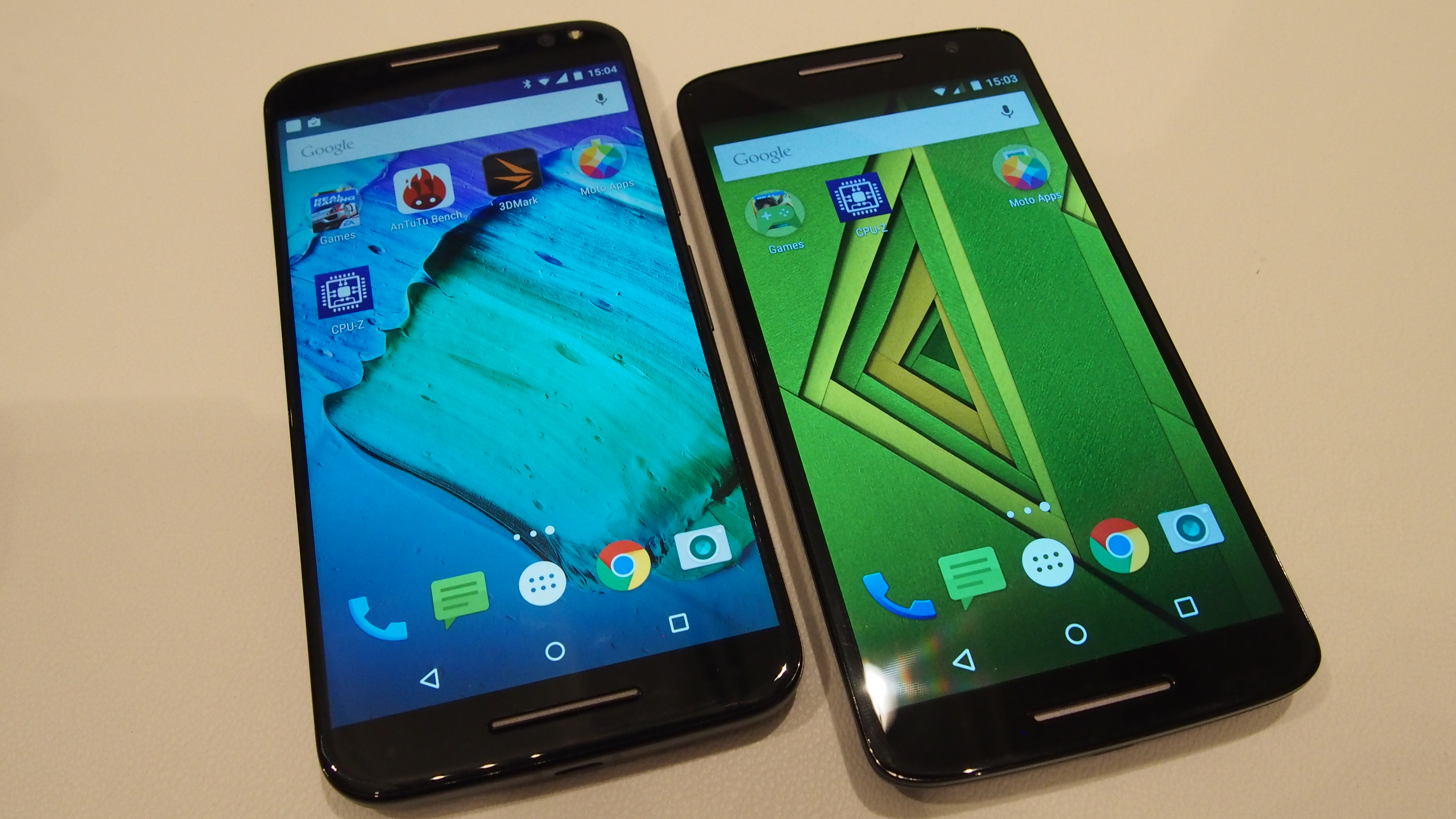 MOTOROLA MOTO X PLAY Photos, Images and Wallpapers