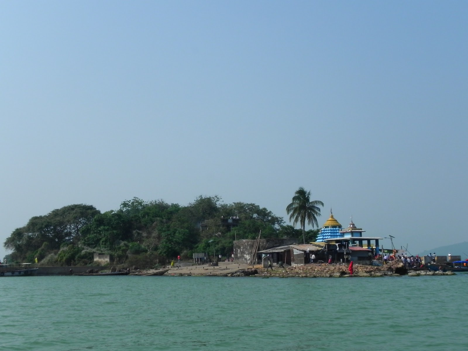चिलिका झील, Chilka Lake is one of the tourist places in puri