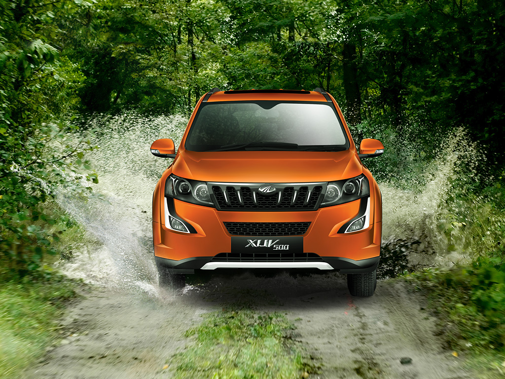 MAHINDRA XUV500 W6 Reviews, Price, Specifications, Mileage