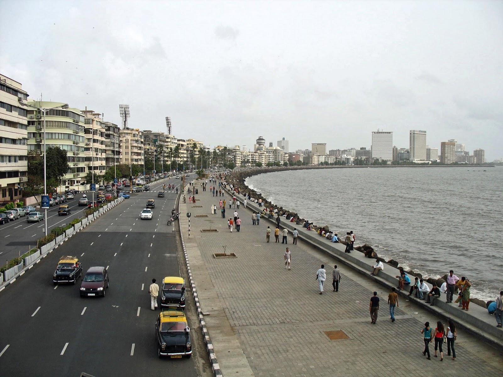Marine Drive , Mumbai image 3