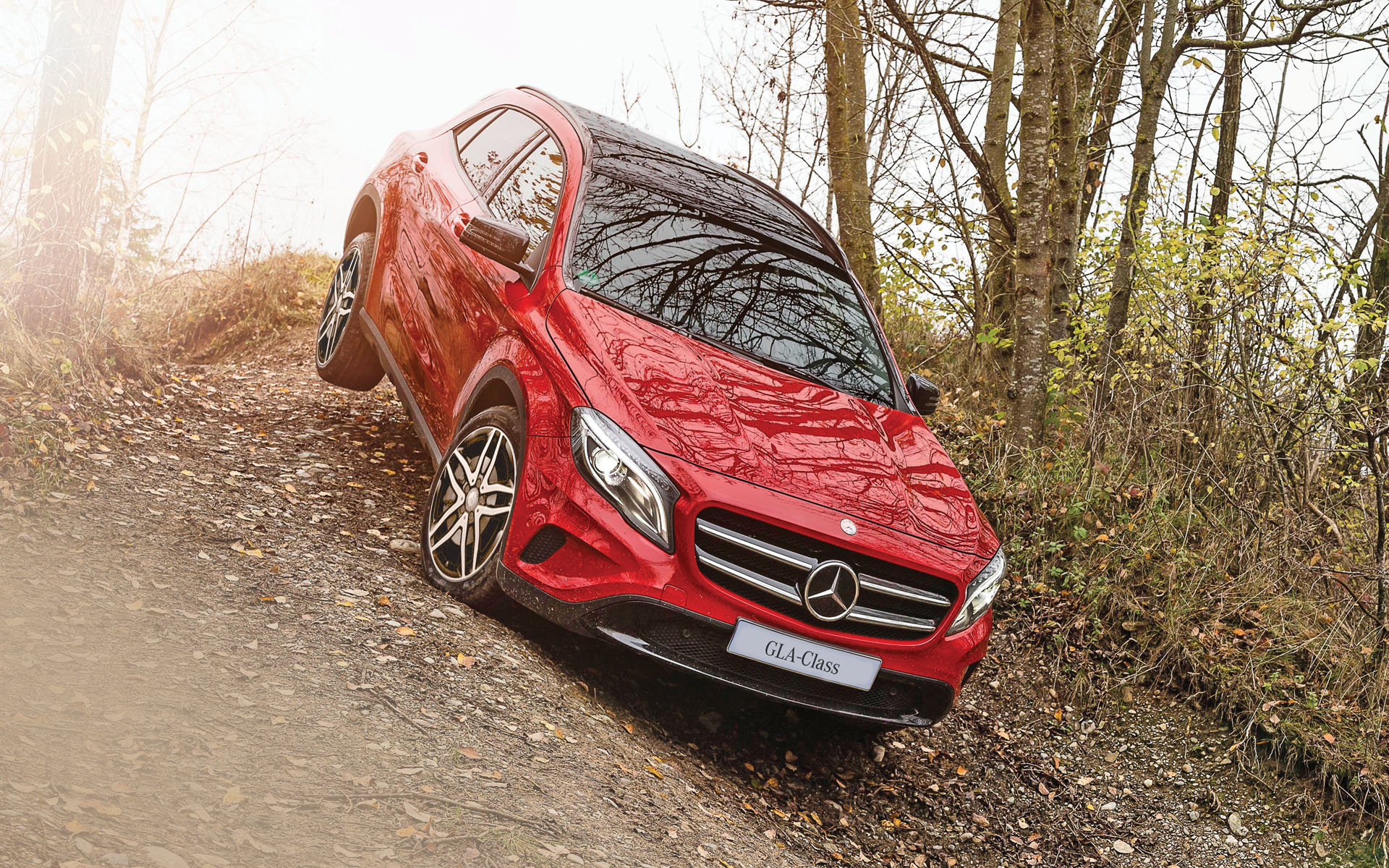 Mercedes Benz Gla 200 Photos Images And Wallpapers