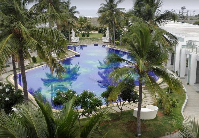 Grande Bay Resort And Spa Photo1