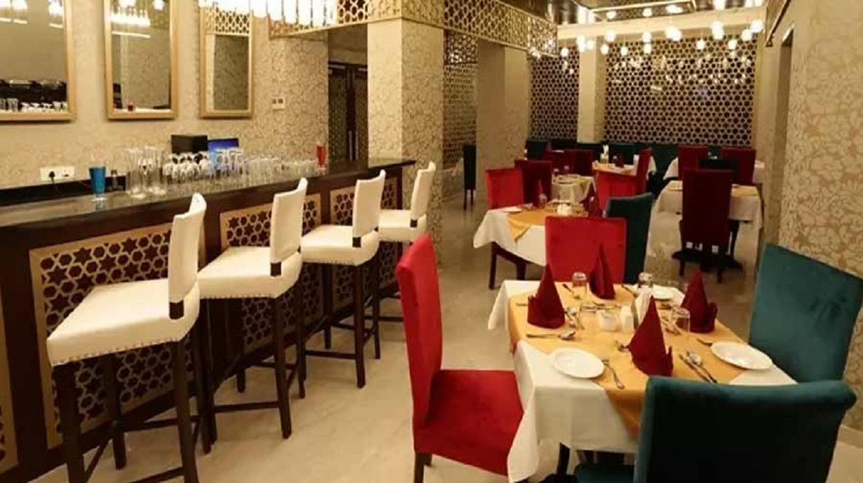 Handi Restaurant - Mirza Ismail Road - Jaipur Photo1