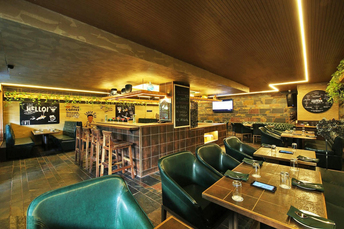 Hobnob Gourmet Cafebar, Vijay Nagar, Indore Photo1