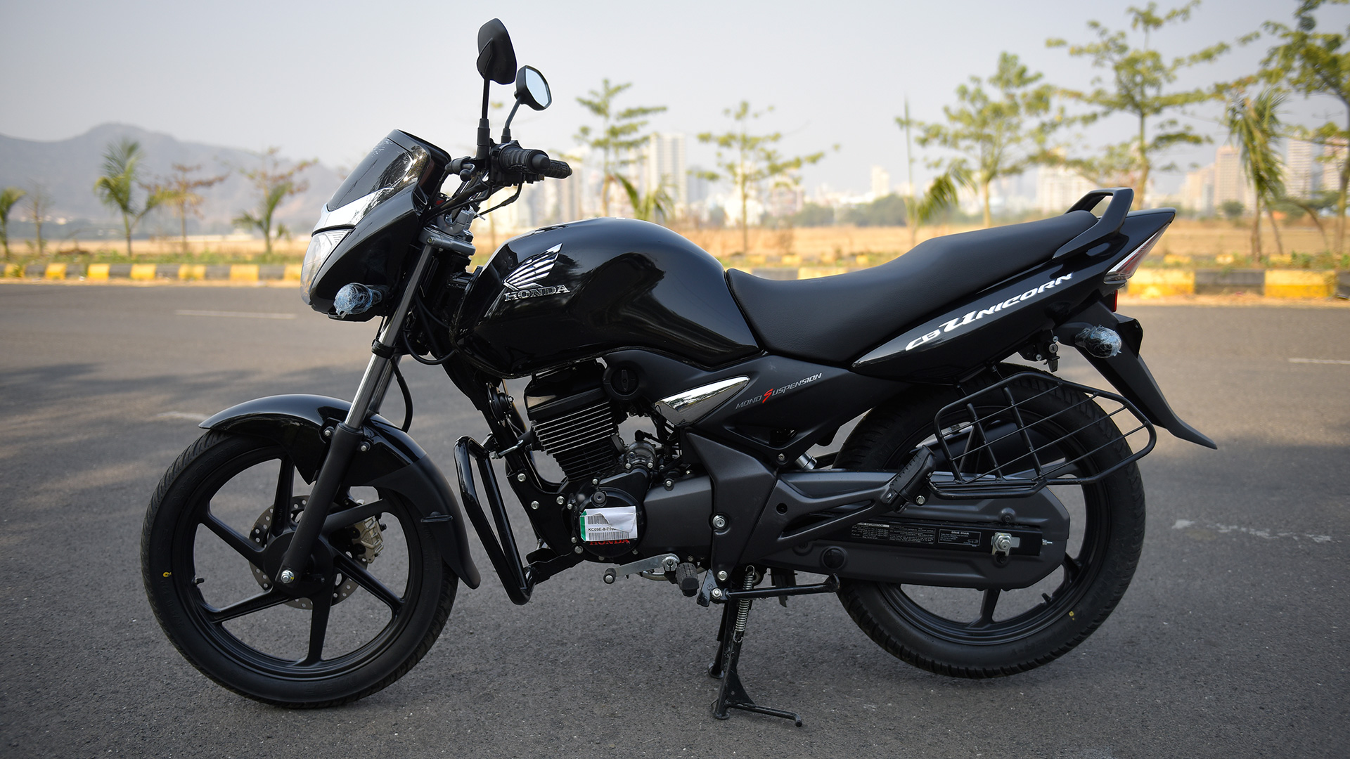 Honda CB Unicorn 150 Photo1