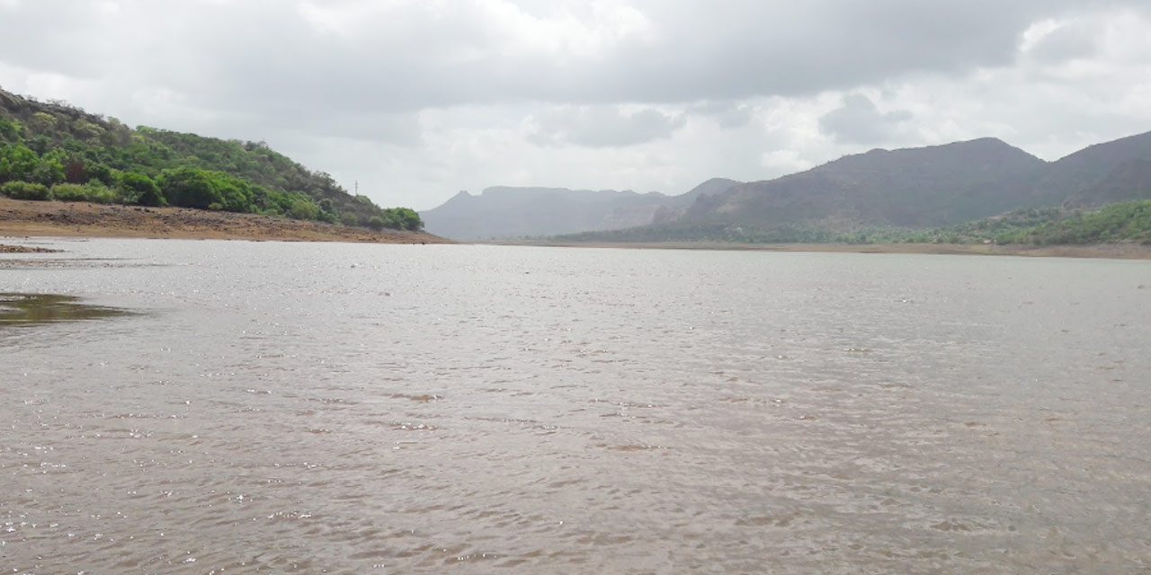 Mulshi Lake and Dam Photo1