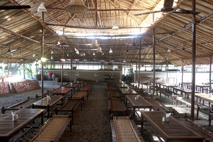 Sadhana Restaurant - Satpur - Nashik Photo1