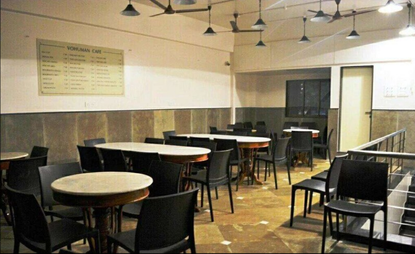 Vohuman Cafe, Sassoon Road, Pune Photo1