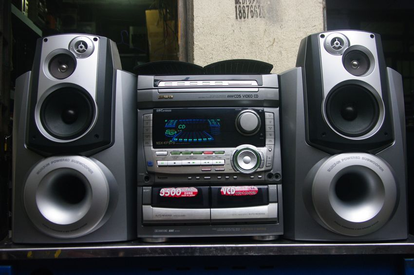 Home Stereo System With Cd And Cassette Player
