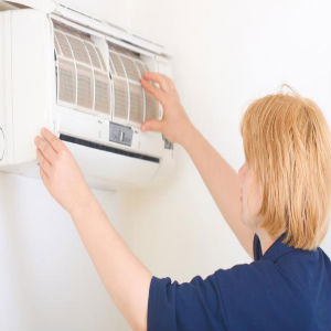 Maintaining an Air Conditioner Image