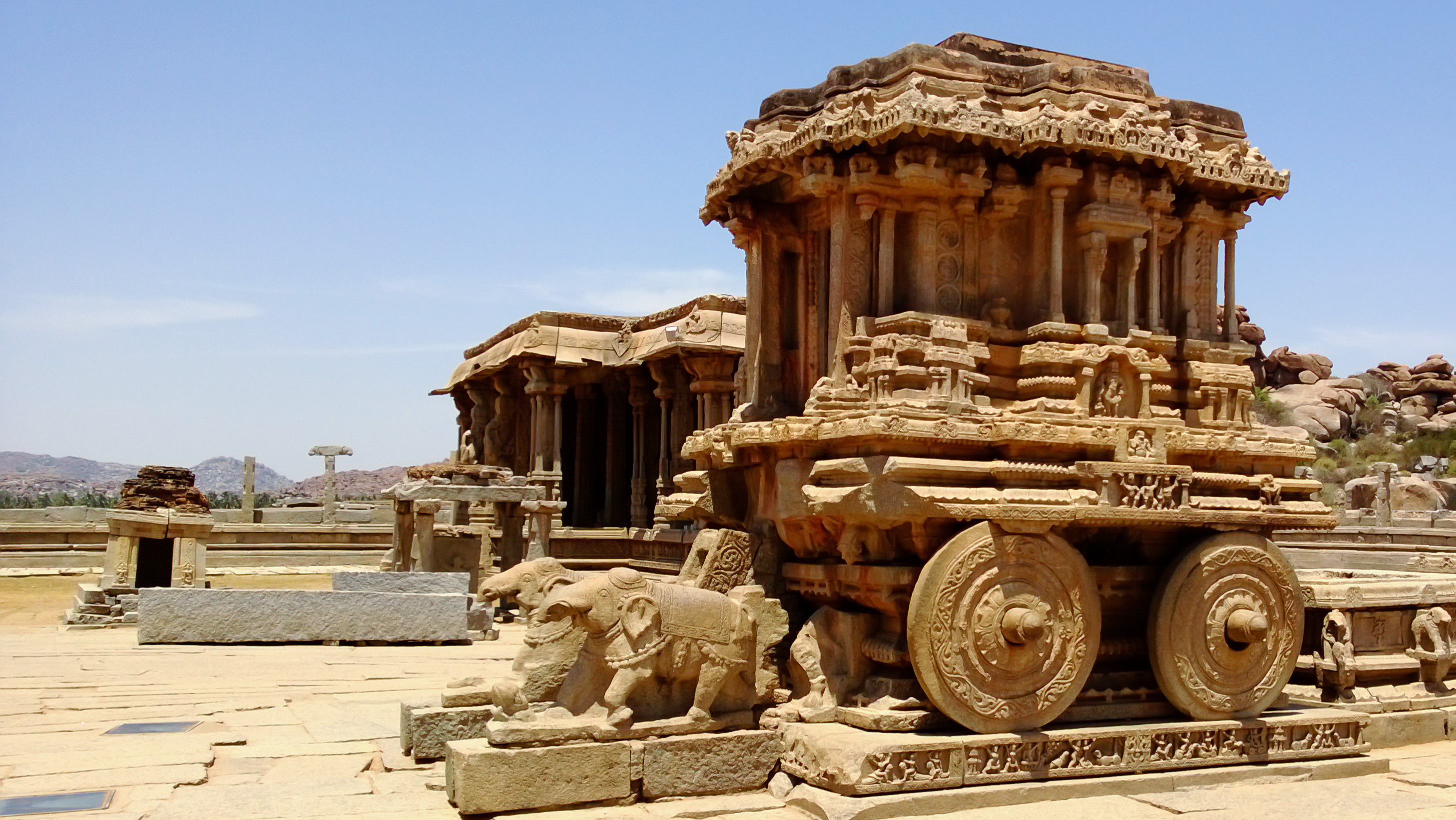 Hampi reviews tourist places tourist destinations for Historical vacation spots in the south