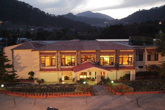 Country Inn - Bhimtal Image
