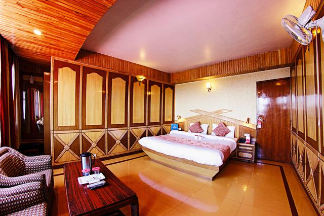 Make my trip hotels in shimla