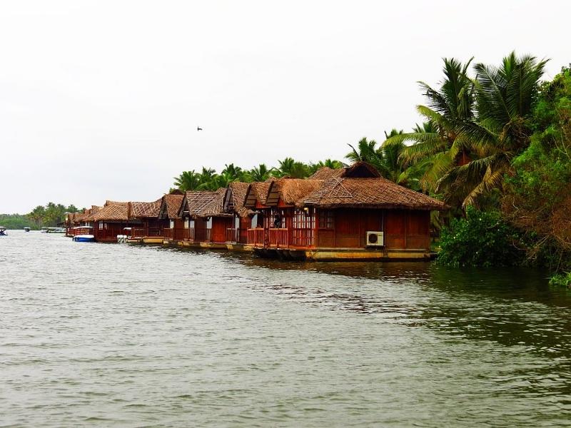 Poovar Islands Image