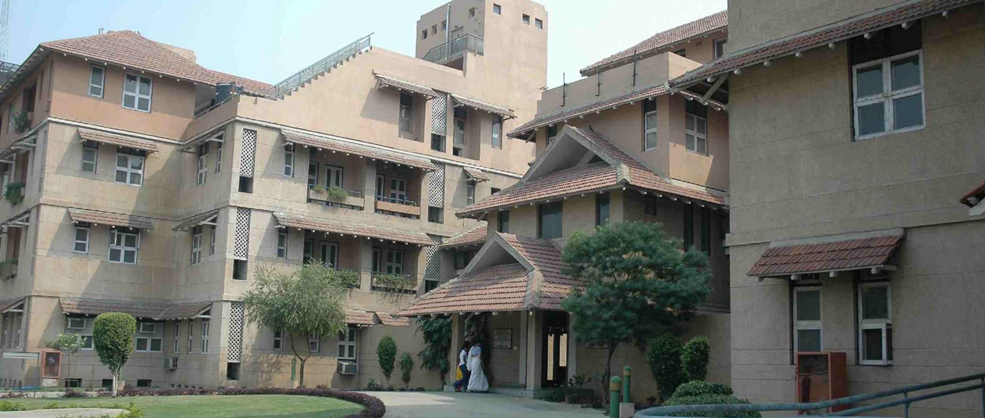 Arya Vaidyasala Kottakal Hospital - Vikas Marg - Delhi Image