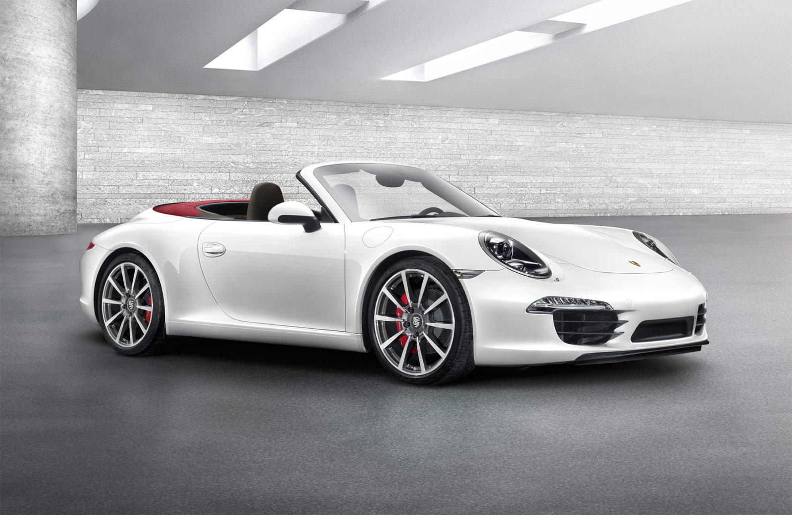 Porche 911 Porsche 911 Carrera S Cabriolet Customer Review Mouthshut Com