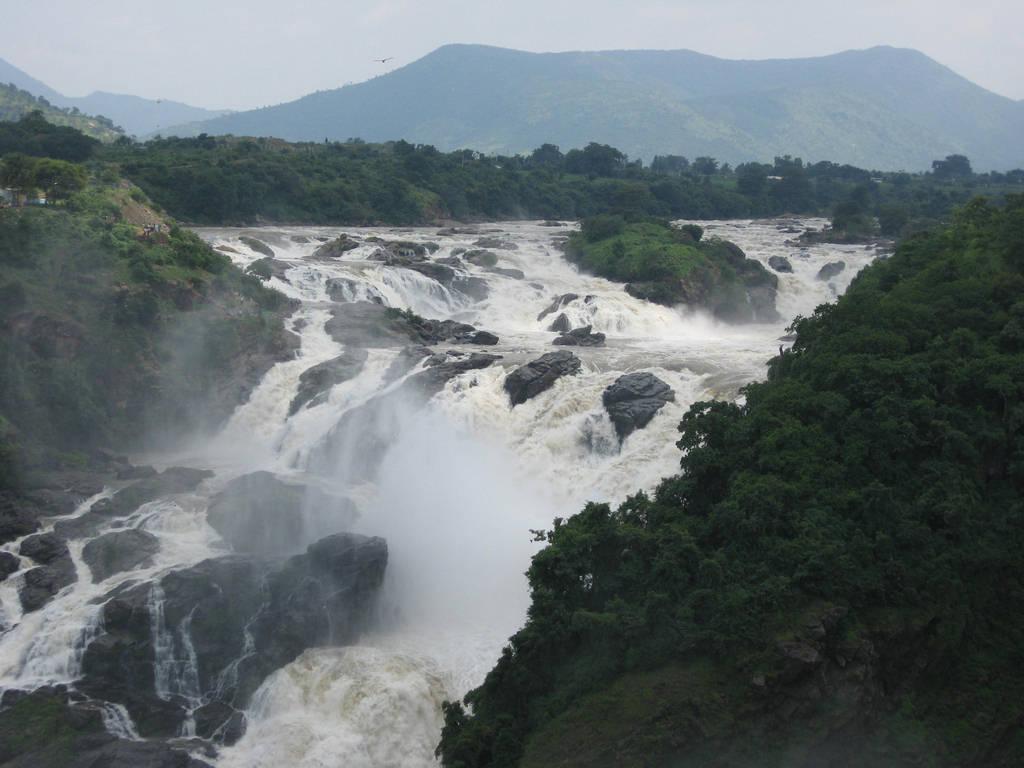 Shivanasamudra Falls Image