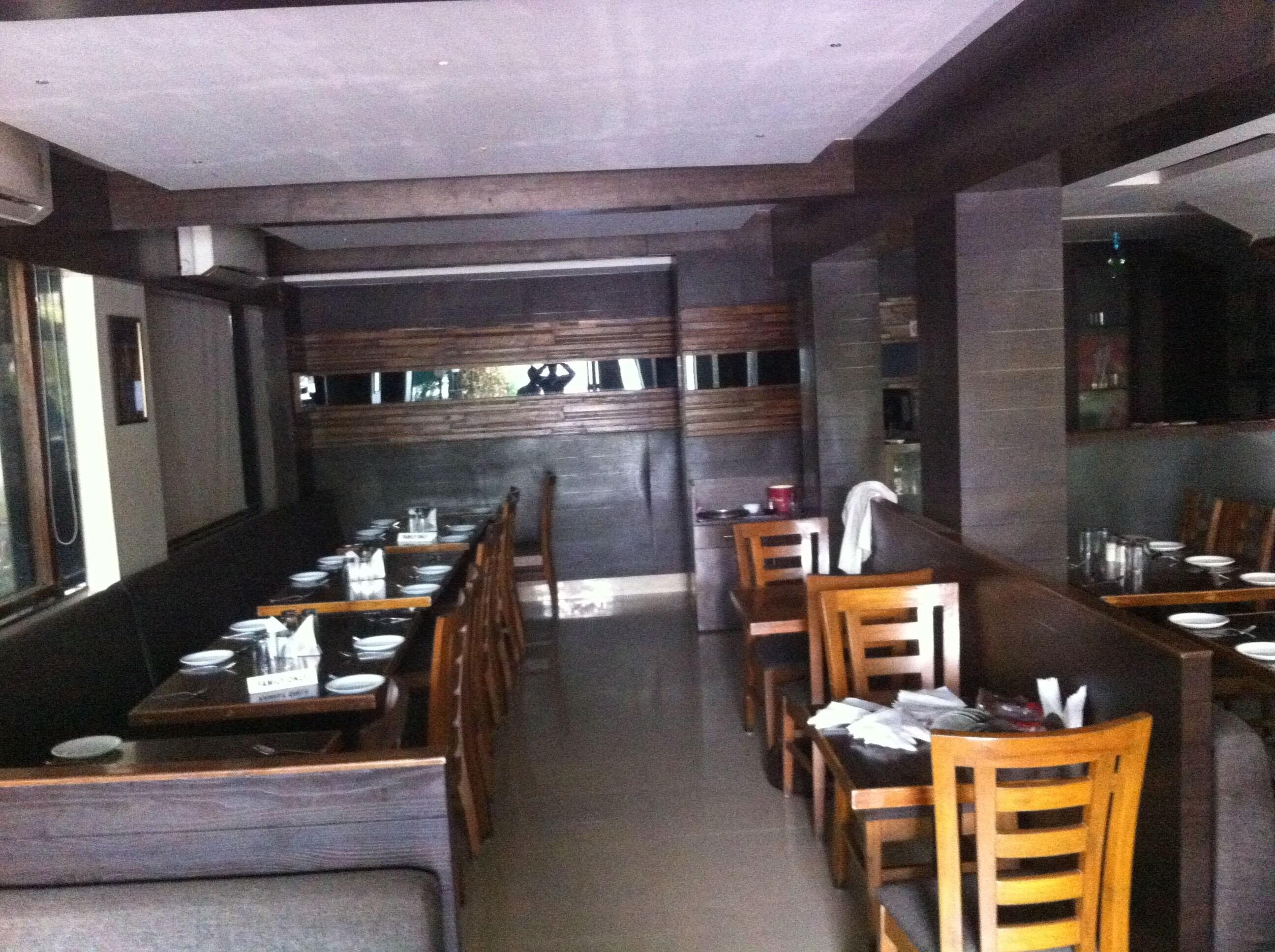J1 Family Resto Bar - Hiranandani Estate - Thane Image