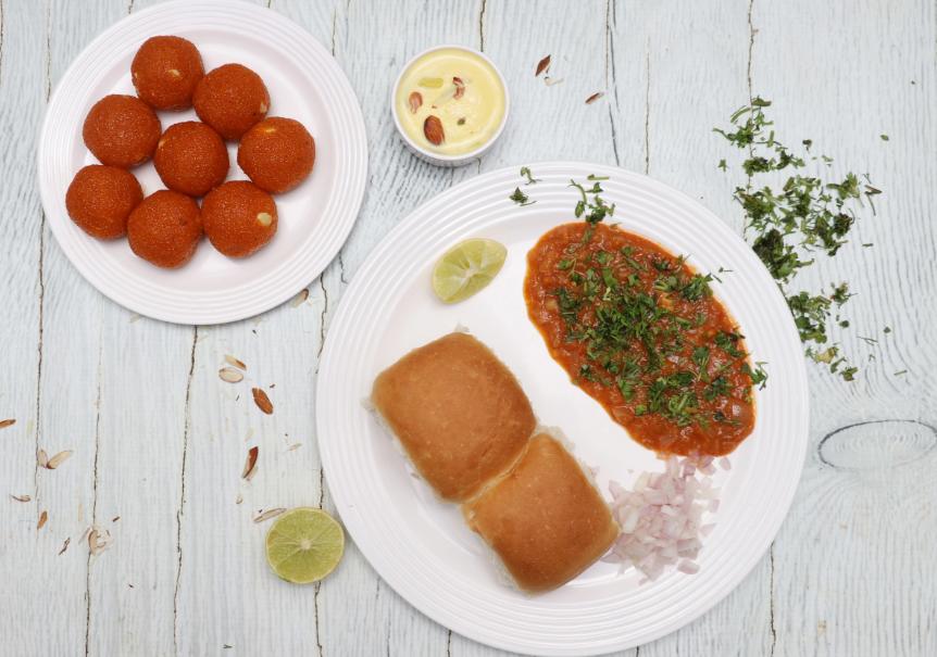 Mahadev Sweets & Chat - Hebbal Kempapura - Bangalore Image