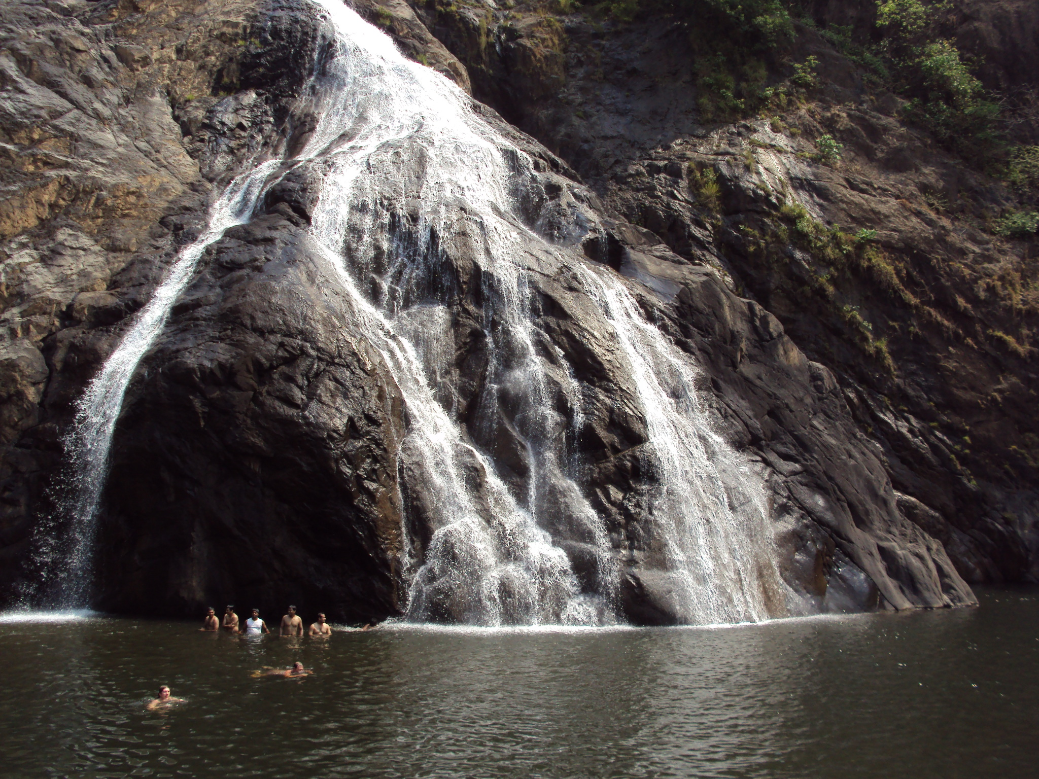 Dudhsagar Falls Image