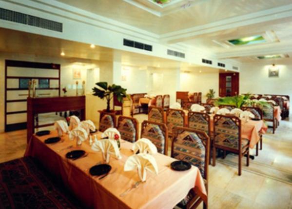 Aakash Restaurant - Shivaji Nagar - Pune Image