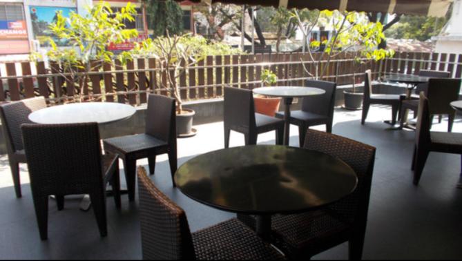 Cafe Boulevard - Dhole Patil Road - Pune Image