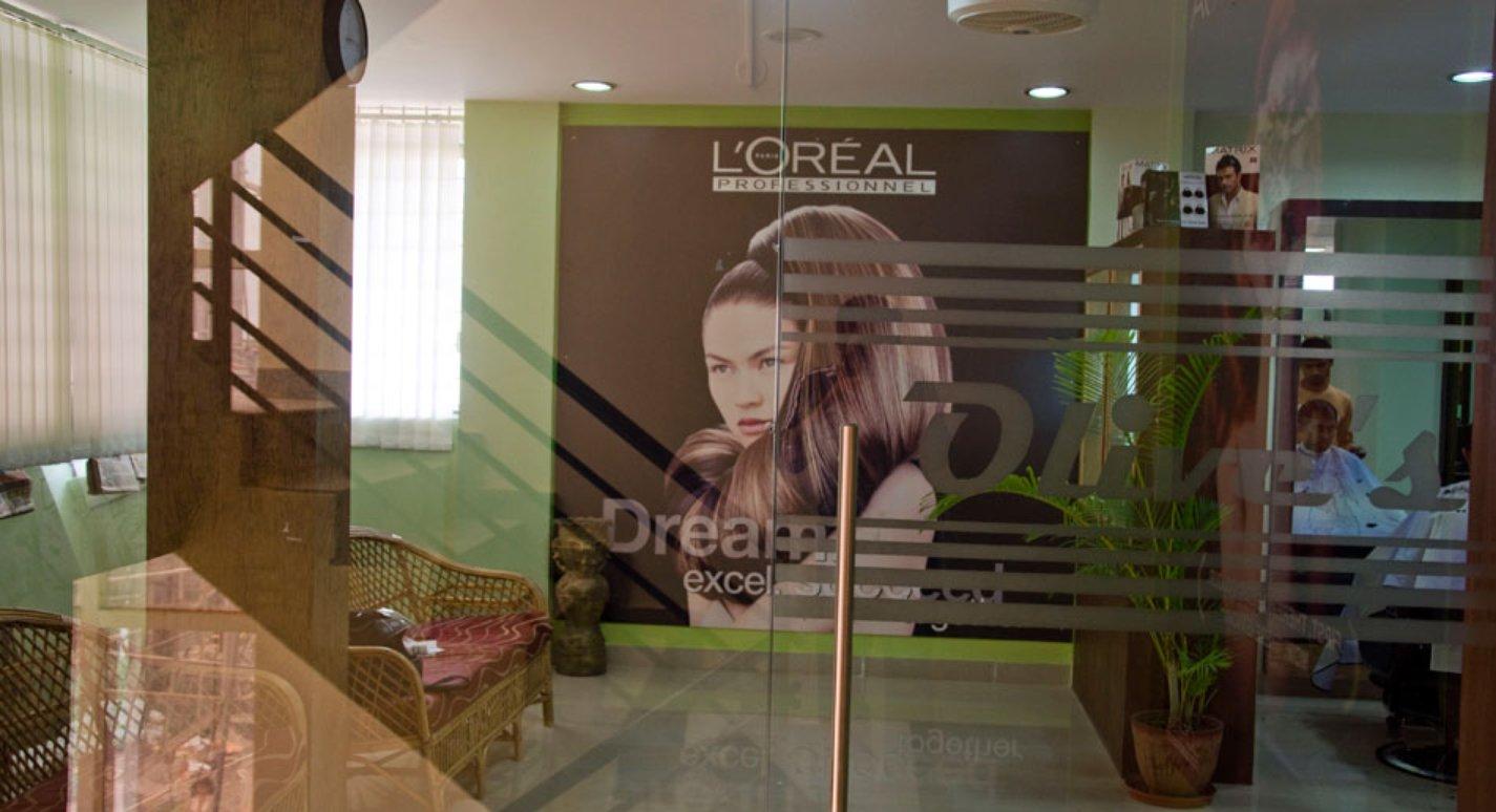Olives unisex salon and beauty spa electronic city for Aaina beauty salon electronic city