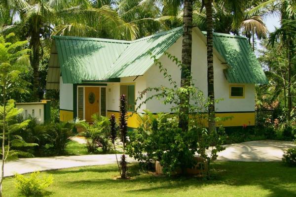 Parumpara Holiday Resort - Coorg Image