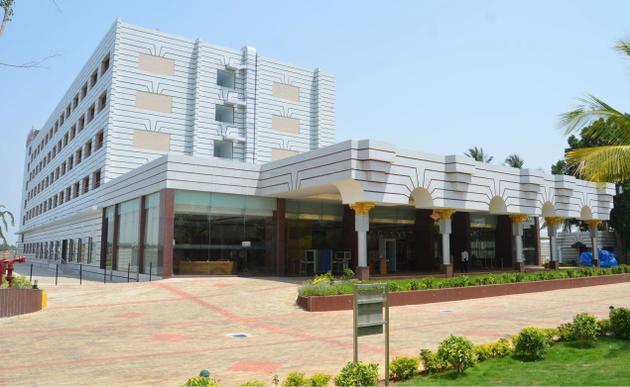 The Gateway Hotel Lakeside - P B Road - Hubli Image